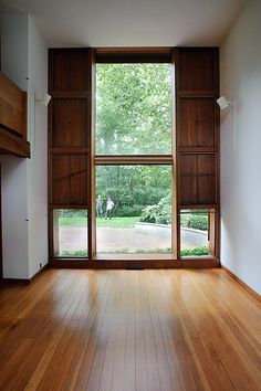 esherick house | windows, from livingroom to the garden | jon reksten | Flickr