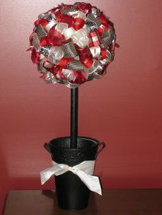 Ribbon Topiaries. These would be so cute in so many situations.