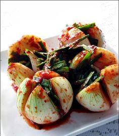 white onion kimchi