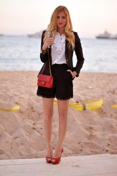 Discover this look wearing Red Bags, Black Shorts, White Tops - 12012013 by benquull styled for Elegant, Brunch in the Summer The Blonde Salad, Fashion And Beauty Tips, Branded Shirts, Blazer Outfits, Wearing Black, Dress To Impress, Lace Shorts, Short Dresses, Street Style