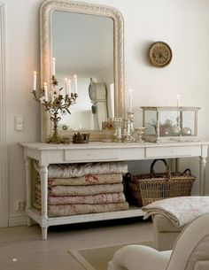 Mirror, lovely display