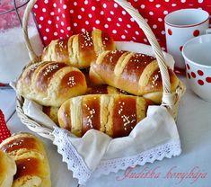 Juditka konyhája: HONKONGI MOLNÁRKA Hot Dog Buns, Hot Dogs, Bread, Food, Brot, Essen, Baking, Meals, Breads