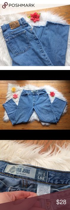 Vintage High Waisted Mom Jeans 🌹 Awesome pair of vintage 90's GAP mom jeans! Super soft perfectly worn denim, raw cut bottom hem. Super flattering high waisted fit! These are a classic staple jean for everyone's closet! Will best fit waist sizes 28 to 30, refer to measurements for your ideal fit :)  Measurements: Waist- 14.5 inches flat across  Rise- 11 inches  Hip- 20 inches flat across  Inseam- 26 inches Vintage Jeans Straight Leg