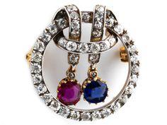 """Durchmesser: ca. 2,5 cm. Gewicht: ca. 7,7 g. Silber auf GG. Signiert """"EK"""", wohl Erik Kollin. Um 1900. Hochwertige, feine Brosche mit Altschliffdiamanten,..."""