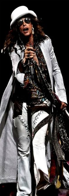 Steven Tyler of Aerosmith | Nassau Coliseum Uniondale, NY…