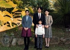 Noblesse et Royautés: New Photo of Prince Akishino to mark his 49th birthday, November 30, 2014 (b. November 30, 1965)-Princess Kako and Prince Hisahito with Prince Akishino and Princess Kiko; daughter Princess Mako is studying abroad in Europe.