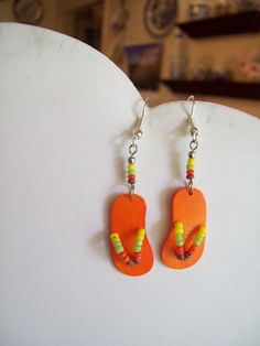 Beaded Flip Flop Earrings... I have a friend I would do these for - whimsical... :D