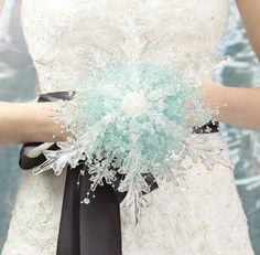 Crystal Snowflake Bridal Bouquet - perfect for a Frozen bride! #frozen #elsa