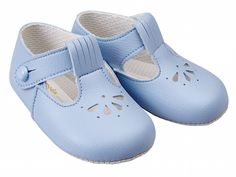 Kids shoes - brand Earlydays shoes (what the Royals wear!)