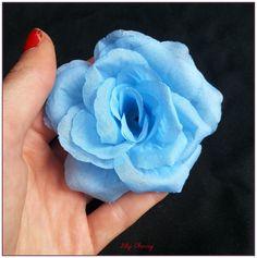 Fleur artificelle Rose couleur BLEU CIEL taille 8cm environ x1 : Décoration florale par lilycherry