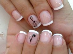 I'm thinking these are going to be my school nails.