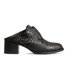 Black mule shoes in premium-quality, snakeskin-patterned leather with laces & rubber soles. | H&M Shoes