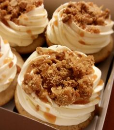 Can't get enough of these Apple Crumble Cupcakes  cinnamon spice cupcake stuffed with caramel apple pie filling and topped with homemade oat crumble. Need I say more? #applecrumble #cupcake #apple #pieporn #pie #dessert #dessertporn #gastropost #bake #baking #bakeninja #bestfoodworld #torontoeats #yyz #foodto #gta #the6ix #cake #instagood #instacake #fall #autumn #psl #thanksgiving #omnomnom #happinessissweet