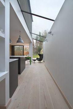 Roundhouse minimal kitchens contemporary-kitchen