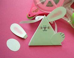 Inky Antics: Bunny-rama: Triangle Treat Template Tutorial