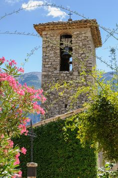 Bell tower in Brantes, Vaucluse, Provence, France ✯ ωнιмѕу ѕαη∂у