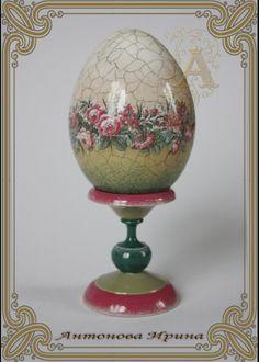 Egg Crafts, Easter Crafts, Decoupage, Egg Shell Art, Diy Ostern, Faberge Eggs, Egg Art, Murano, Easter Holidays