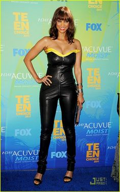 Tyra Banks The Teen Choice Awards The Teen Choice Awards Celebrity Ebony Brunette Big Tits Pretty Stunning Sexy Tyra Banks Bikini, Tyra Banks Show, Best Testosterone Boosters, America's Next Top Model, Wale, American Hairstyles, Teen Choice Awards, Sexy Ebony, In Hollywood