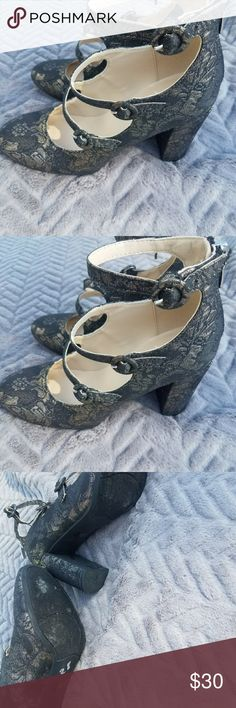Marc Fisher Mary Jane Heels EUC! Marc Fisher Shoes