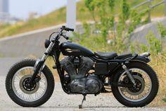Bobber Bikes, Motorcycles, Custom Cycles, Cycling, Vehicles, Alternative, Vintage, Style, Motorbikes