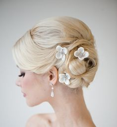 bridal flower hair