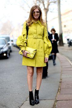 Sélection des plus beaux looks milanais à découvrir sur notre site!    http://www.femina.ch/galeries/mon-style/street-style-dans-les-rues-de-milan    (CP: Imaxtree)