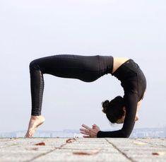 Yoga Poses And What They Achieve - Pranayama, Body Women, Yoga Nature, Yoga Training, Interval Training, Weight Training, Strength Training, Indian Yoga, Yoga Images