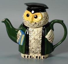 Scholarly Owl Teapot.