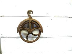 Vintage Well Pulley Industrial Iron  - Barn Farm Decor - Salvage - Upcycle  #8 (62.00 USD) by Idugitup