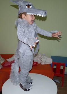 Disfraz de lobo hecho a mano para niños