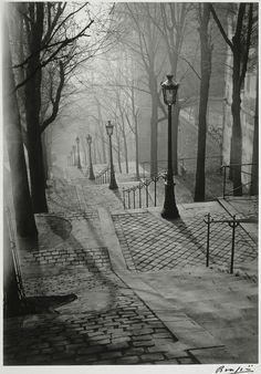 > Les Escaliers de Montmartre, Paris, by Brassaï 1936