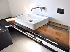 Bancada de lavatório de madeira de briccola Bathroom top with bricole - A by Azimut-Resine