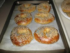 Chewy Sourdough Bagels
