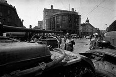 On August 1968 armed troops and tanks of the Warsaw Pact rolled into Bratislava, Czechoslovakia. One man stood towards the tank gun barrel, rips his shirt and screamed at the army. His name was Emil Gallo. Photo by Ladislav Bielik Prague Spring, Warsaw Pact, Soviet Army, Soviet Union, Iconic Photos, Man Standing, World History, Historical Photos, Old Things
