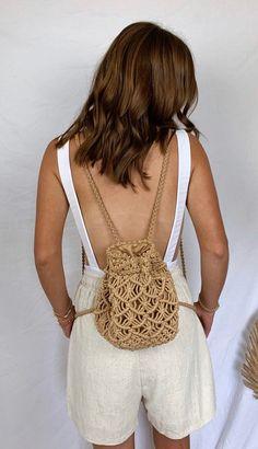 Macrame Bag, Macrame Cord, Macrame Knots, Mini Mochila, Cotton Bag, Cotton Rope, Diy Braids, Macrame Patterns, Crochet Fashion