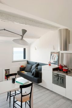 Home Design and Interior Design Gallery of Open Plan Space Of Harbour Attic Apartment Small Apartment Organization, Small Apartment Design, Attic Apartment, Small Apartments, Apartment Living, Organization Ideas, Apartment Interior, Studio Apartment, Apartment Hunting