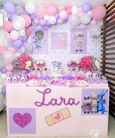 1st Birthday Favors, Third Birthday, 4th Birthday Parties, Birthday Party Decorations, Doc Mcstuffins Cake, Doc Mcstuffins Birthday Party, Party Planning, First Birthdays, Maya