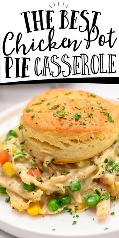 This chicken pot pie casserole is an easy dinner recipe made of a creamy base loaded with vegetables and chicken, topped with buttery, flaky biscuits. dinner recipes for two Chicken Pot Pie Casserole {Easy Recipe} Dinner Recipes Easy Quick, Quick Easy Meals, Easy Pot Pie Recipe, Easy Dinners For Two, Chicken Pie Recipe Easy, Food Recipes For Dinner, Chicken Pot Pie Filling, Fast Easy Dinner, Dessert Recipes