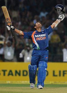 Sachin Tendulkar 's career - in pictures - cricket: Indian cricketer Sachin Tendulkar throws - Cricket Poster, Cricket Logo, Test Cricket, Cricket Bat, Cricket Sport, Live Cricket, Cricket News, India Cricket Team, World Cricket