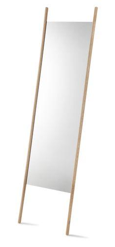 Spejl....Altså som i det pæææneste spejl, der meget gerne måtte bo hos moi!