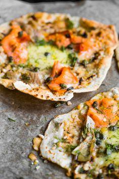 PODPŁOMYKI Z WĘDZONYM ŁOSOSIEM I MOZARELLĄ - Blog Kulinarny   Dare To Cook
