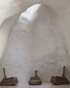 lowsheenstudioCasa Talia in Modica, Italy by Vivian Haddad and Marco Giunta.  #vivianhaddad #marcogiunta #modica #natural #lime #cavern