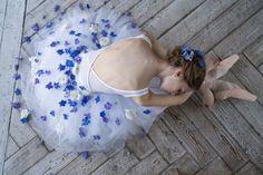 Vaganova Ballet Academy student Daria Ionova photographed by Darian Volkova. City Ballet, Ballet Dance, Ballet Skirt, Ballerina Photography, Vaganova Ballet Academy, Ballet Studio, Russian Ballet, Dance Academy, Ballet Costumes
