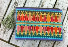 Small embroydery purse with tassle Cross Stitch Embroidery, Embroidery Patterns, Cross Stitch Patterns, Palestinian Embroidery, Needlepoint Pillows, Ethnic Patterns, Fabric Beads, Crochet Projects, Needlework