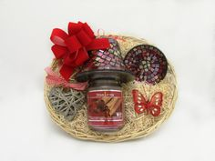 A Scented Soy Candle in a glass jar with a matching candle shade and saucer and a gorgeous Heart Shaped Wall Hanger make up this beautiful gift set! Price: 29.99  http://luxuryhampers.ie/p/light_up_gift_set_red