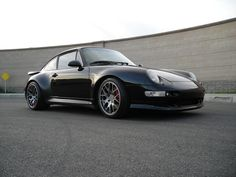 Awesome Turbo, rocking awesome wheels! #everyday993 #Porsche