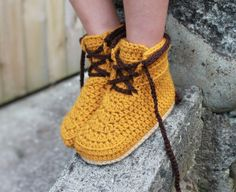 Woodsmen boots crochet by Inventorium