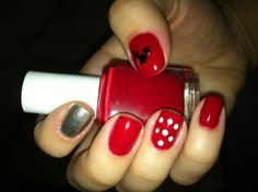 Disney nails- For Annabelle Disney Inspired Nails, Disney Nails, Nail Polish Designs, Nail Designs, Mickey Mouse Nails, Silver Nails, Nail Stuff, Disney Style, White White