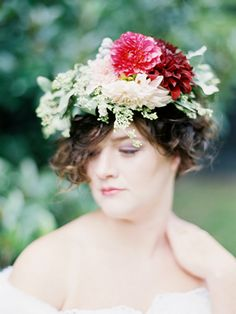 Floral Wreath designed by Janie Medley Flora Design and image by Amelia Johnson Photography.