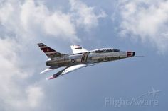 North American Super Sabre N2011v Photo Pass By F 100 Super Sabre At The Fort Wayne Air Show On September 11 2016 Air Show Fighter Jets Photo
